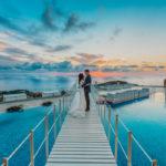 Il sogno d'amore di Meera e Adrian nella costiera Sorrentina